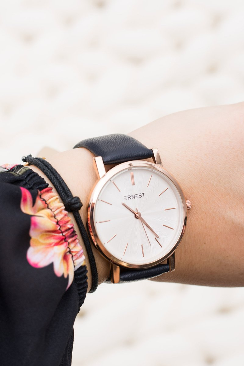 Elegant Leather Navy Women Ernest Watch