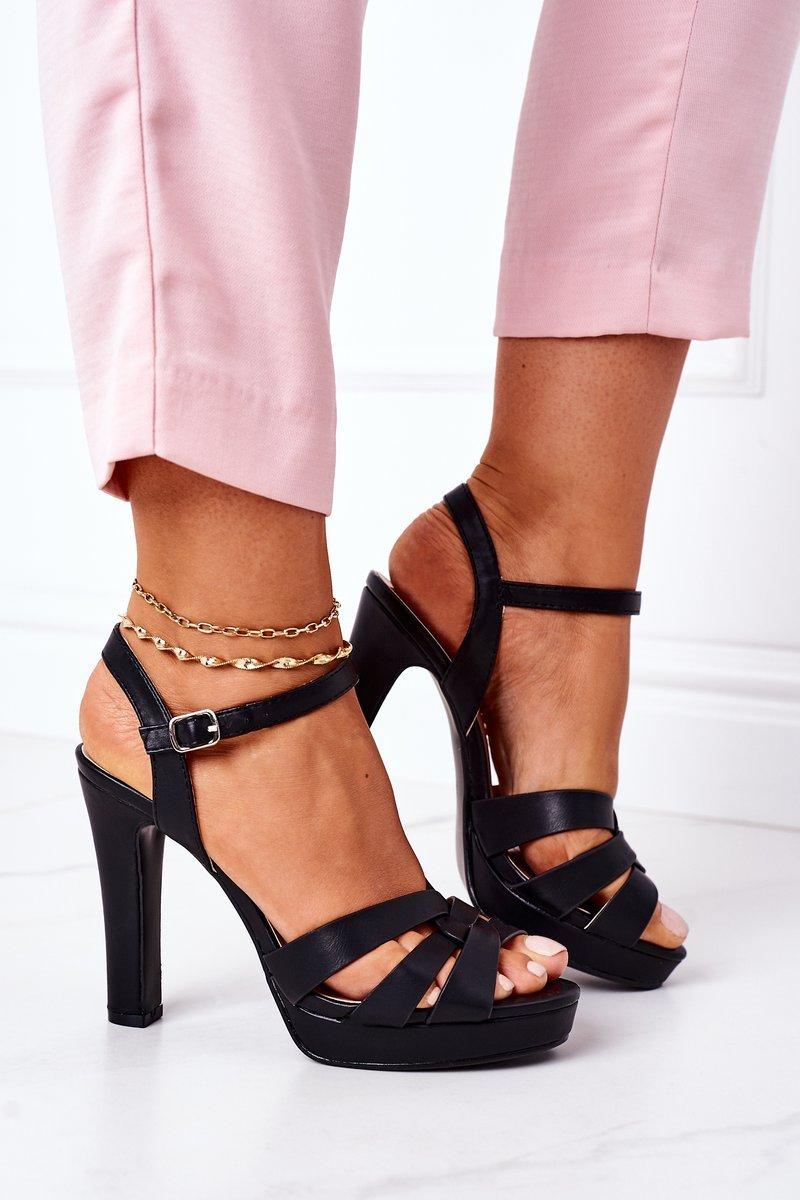 Elegant Sandals On A Block Heel Black Anastasia