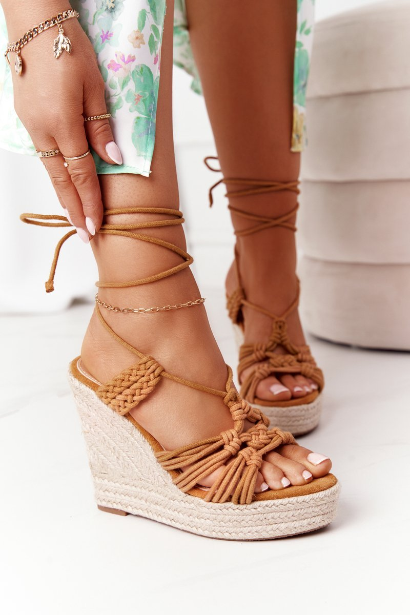 Lace-up Wedge Sandals With Braids Camel Run The World