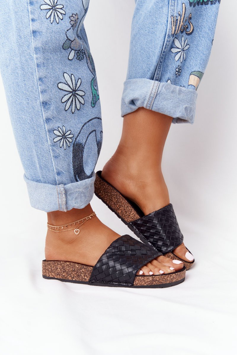 Leather Slippers On The Cork Sole Black Catalina