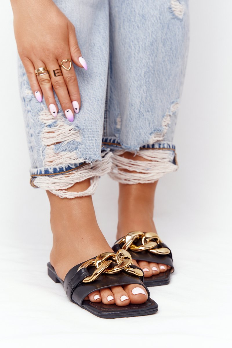Leather Slippers With A Chain Black French Kiss