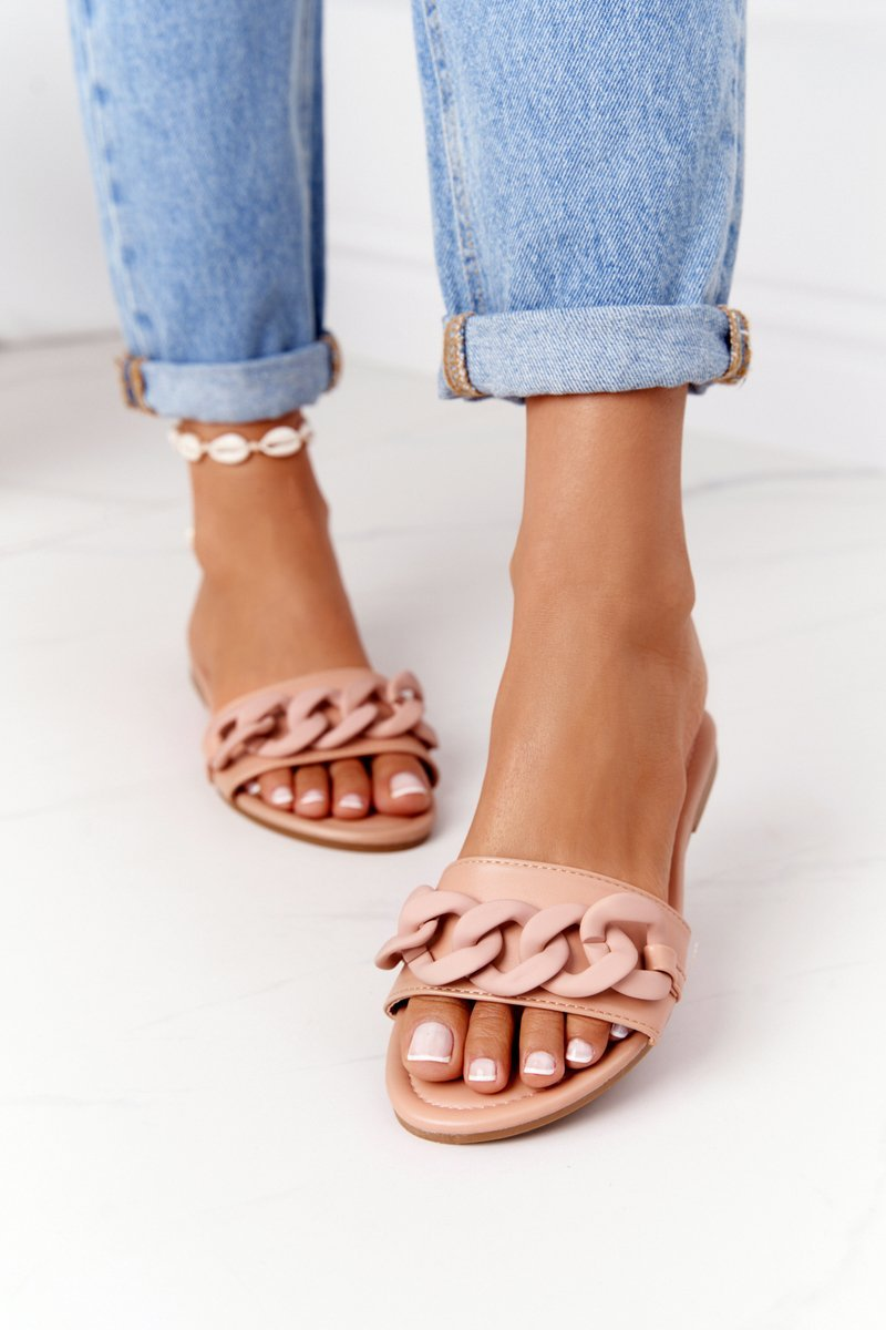 Leather Slippers With A Chain Camel Step By Step