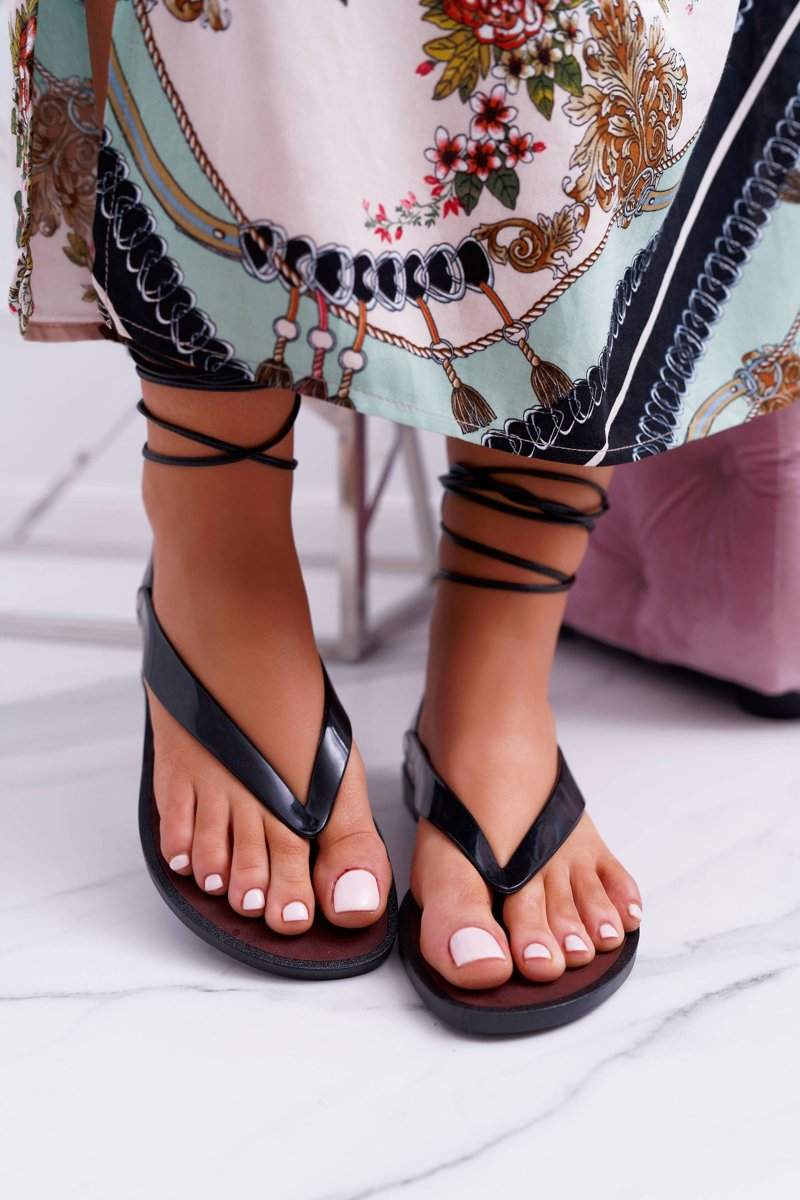 Lu Boo Black Tied Japanese Sandals Florence