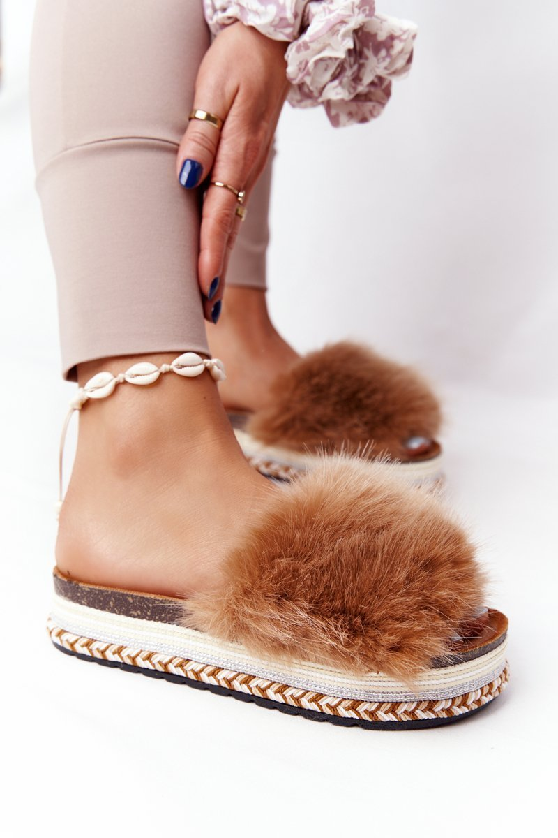 Platform Slippers With Eco Fur Camel Adventure