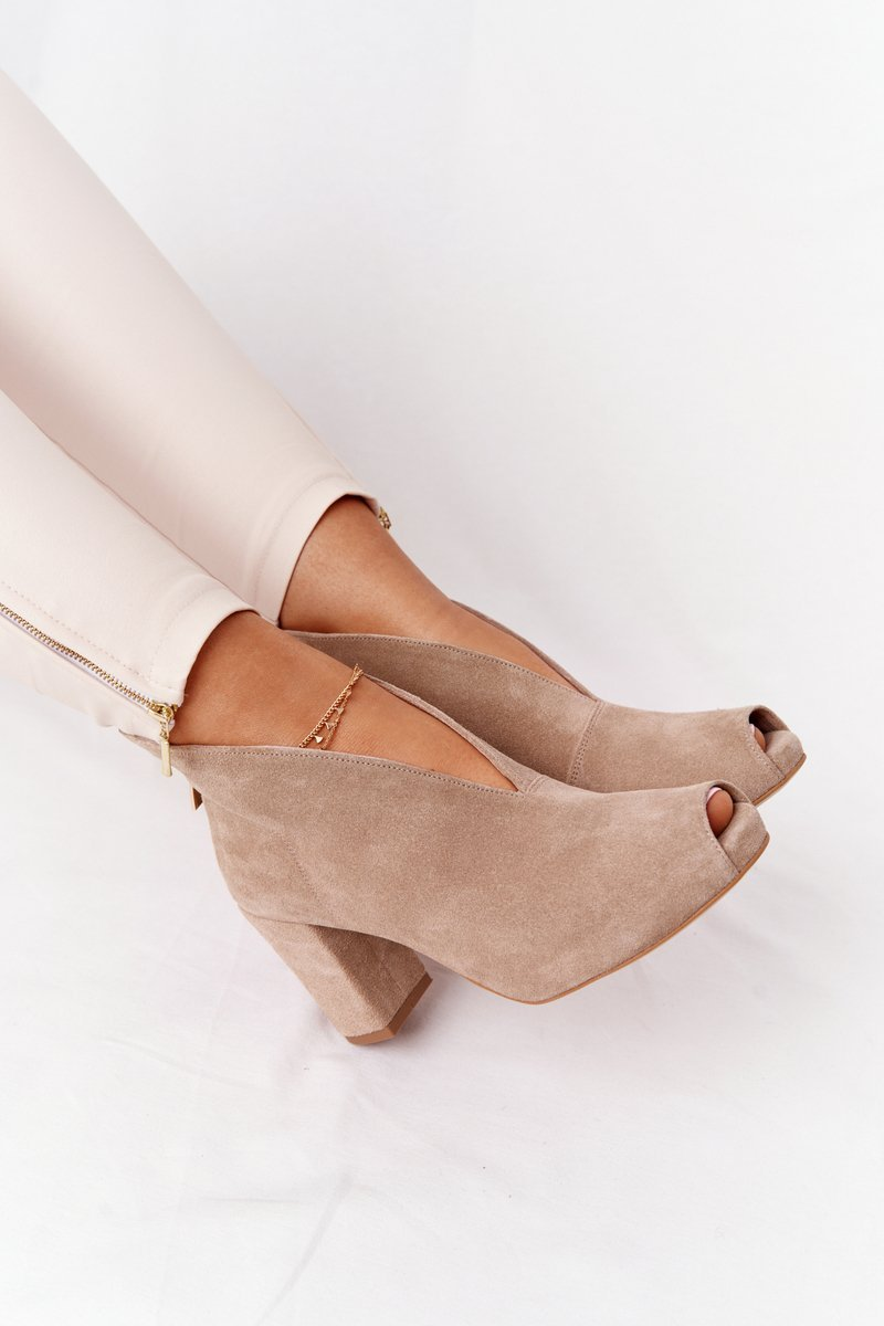 Suede Boots On A Post With A Cut-out Exquisite 1243 Beige