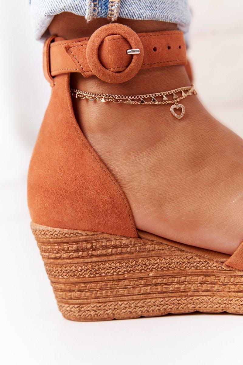 Suede Wedge Sandals Maciejka 04565-29 Camel