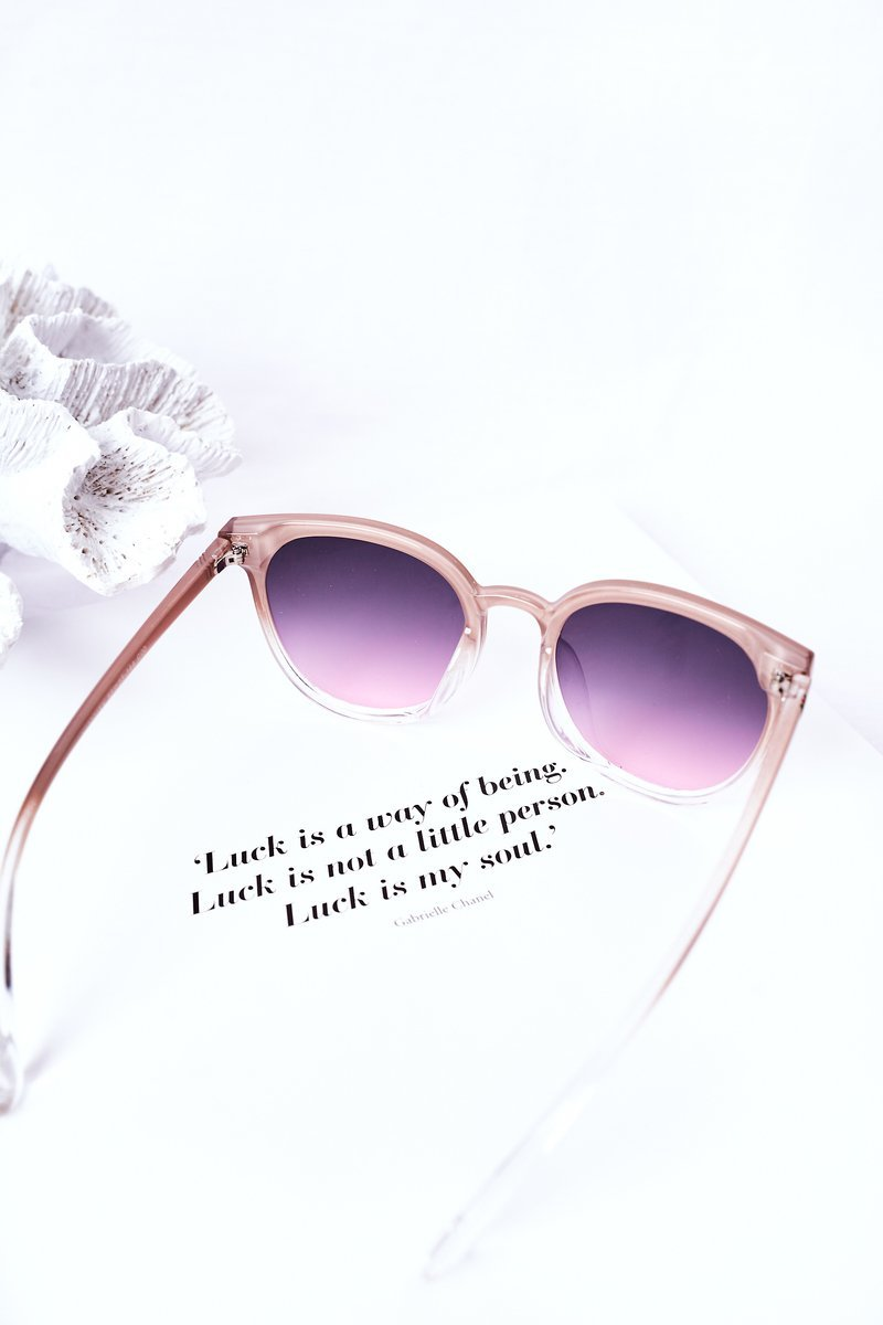 Sunglasses With A Fly Nude With Pink Ombre