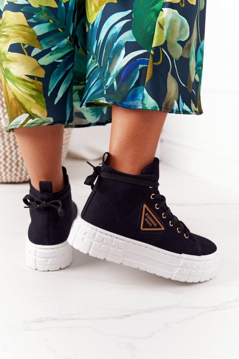 Women's High Sneakers On A Platform Black Manhattan