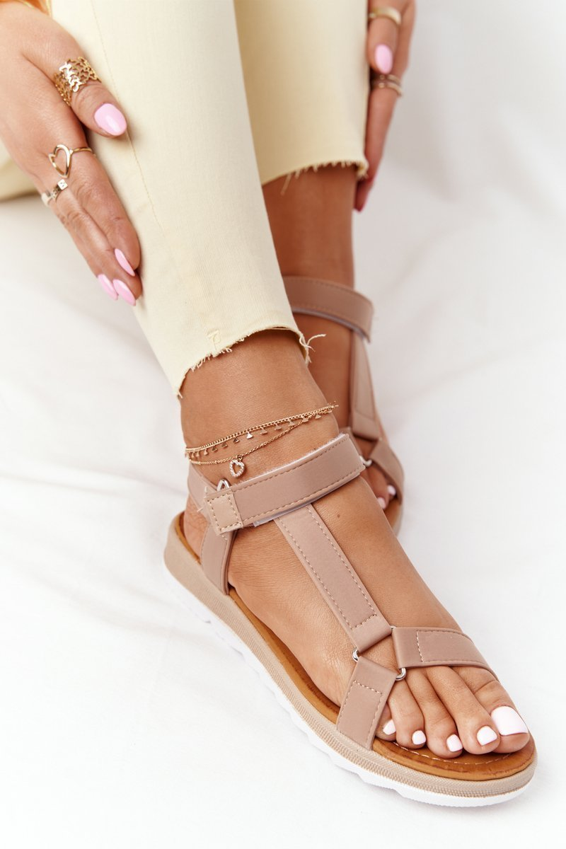 Women's Sandals On A Rubber Sole Brown Stranger