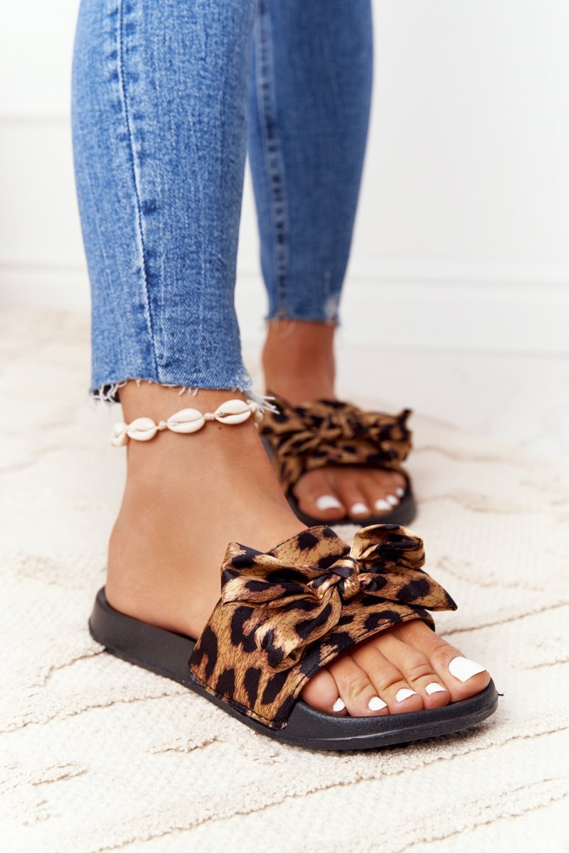 Women's Slippers With A Bow Leopard Beat It